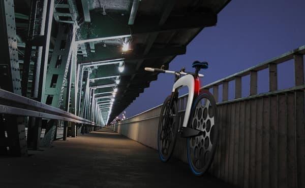 「nCycle」は、シングルフレームの折り畳み電動アシスト自転車